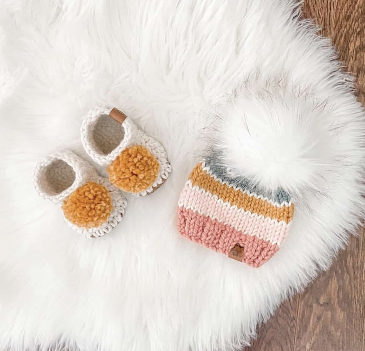 Custom Knit Newborn Baby Set